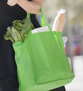 Champaign in favor of reusable bags