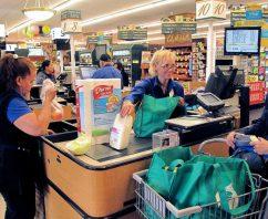 Reusable Bag Banks Popping Up in Aspen