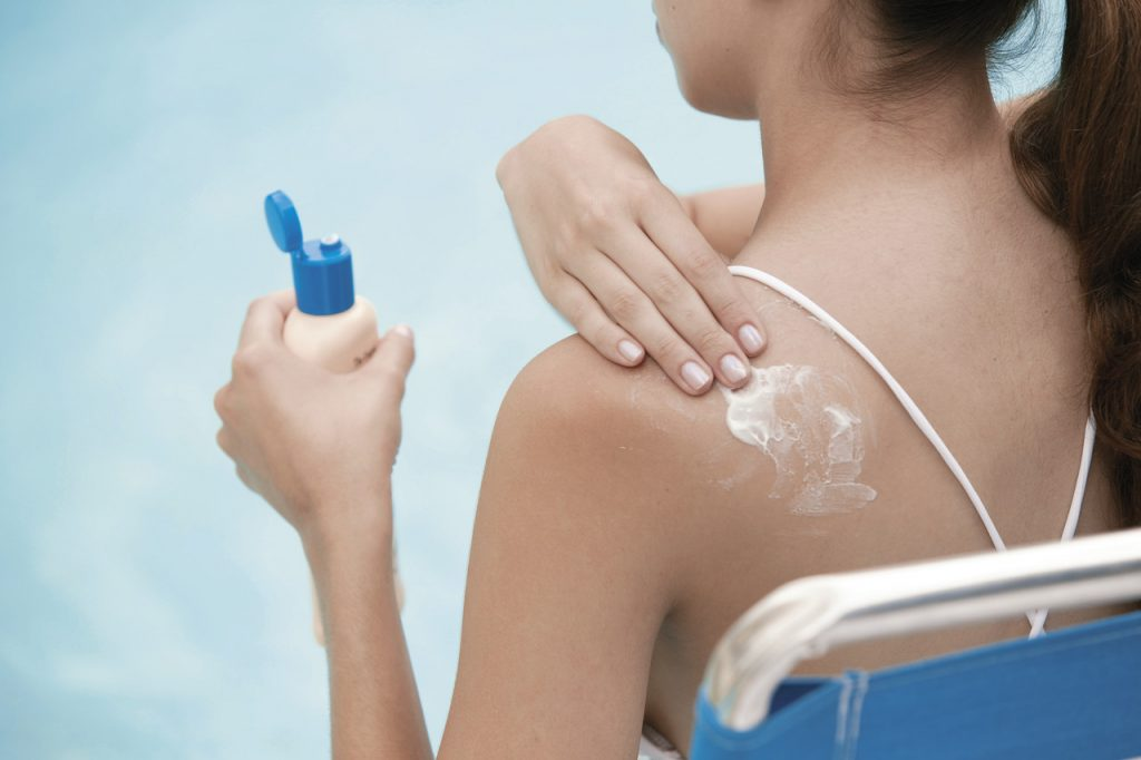 Make Sure Your Sunscreen is Green to Green Up Your Vacation This Summer