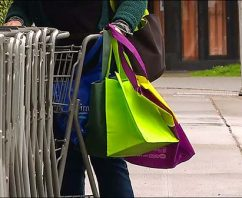 5 Ways Your Business Can Use a Custom Reusable Bag