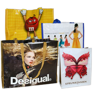 5 Types of Promotional Bags for Trade Show Marketing
