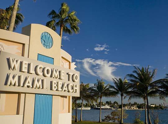 Plastic Bag Bans Sweeping Through Florida. Is Miami Beach Next